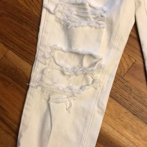 American Eagle Outfitters Jeans - Majorly distressed white boyfriend style jeans